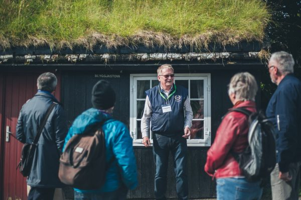 Samal tells stories of the old town - Tórshavn